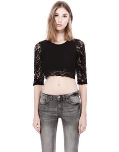 :LACE CROP TOP