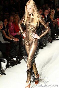 Model Mandy Bork  clubstars.net