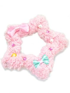 Chocomint - Fluffy Star Brooch/Clip 80 SEK / $9 3 colors available