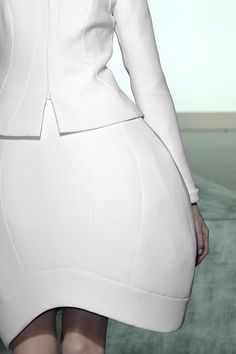 Cocoon Skirt with minimal 3D silhouette, spherical shape & volume - sculptural fashion // Valentino Haute Couture