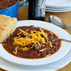 Jack's Chili Recipe - The best chili recipe made with beef, pork, beans, and peppers plus beer, cocoa powder and other seasonings for a deliciously complex flavor. Best Chili Recipe, Chilli Recipes, Beef Recipes, Soup Recipes, Cooking Recipes, Chili Recipe With Cocoa Powder And Beer, Copycat Recipes, Kitchens
