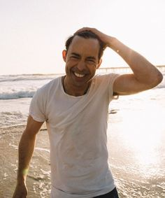 Tom Cavanagh Reveals What it's Like Playing a Supervillain Doctor Wells, Barry Iris, Eobard Thawne, Teddy Lupin, Reverse Flash, Something In The Way, Cw Series, Fastest Man, Man Crush Everyday