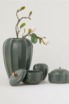 Tall Stoneware Vase - Moss green - Home All Design Seeds, Mousse, Grands Vases, Green Home Decor, H&m Home, Tall Vases, Home Decor Accessories, Trinket Boxes, Stoneware