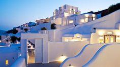 Grace Santorini es un pequeño hotel que fue diseñado por el estudio de arquitectos