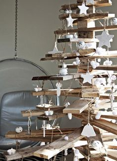 wood pallet christmas trees to make with reclaimed wood
