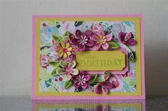 """Hecho a mano papel Quilling tarjeta rosa amarilla """"feliz cumpleaños"""" con flores increíbles (cumpleaños, aniversario)"""