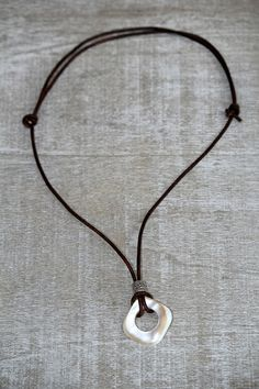 eyeglass chain, eyeglass necklace, eyeglass holder, adjustable choker necklace, sun glass holder, eye glass lanyard, eyeglass chain, pearl