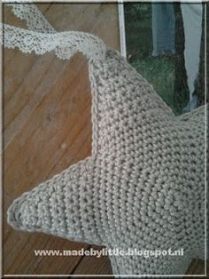 Little Things: Haken Crochet Motif Patterns, Christmas Crochet Patterns, Crochet Designs, Crochet Stars, Crochet Bebe, Cute Crochet, Crochet Baby Toys, Baby Sewing, Dutch