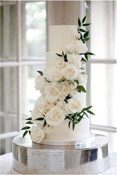 4 tier wedding cake cascading white florals greenery - wedding cake inspiration A Bride's BFF 4 Tier Wedding Cake, Fall Wedding Cakes, Elegant Wedding Cakes, Wedding Cake Designs, Diy Wedding, Wedding Flowers, Dream Wedding, Wedding Day, Wedding Cake White