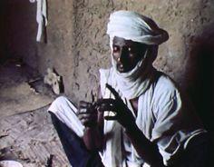 In-Gall, le relais de l'ancienne route des caravanes au Niger. [ - RTS] Tv, Camper Trailers, Documentary, Television Set, Tvs, Television