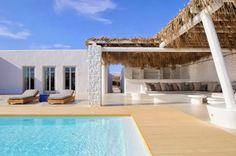 http://dreamdoor24.blogspot.pt/2014/01/art-arquitecture-paros-beach-house.html