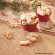 Kekse selber backen - feine Rezepte für Weihnachtskekse - alle Einträge | Kochen… Feta, Muffins, Dairy, Sweets, Cheese, Cookies, Baking, Desserts, Christmas