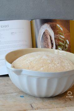 Bowl for dough, even more beautiful in white♡ diverse onderdelen te koop bij www.altijdietsmoois.nl