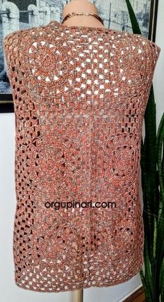 Visit the post for more. Hexagon Crochet Pattern, Crochet Squares, Crochet Patterns, Chunky Crochet, Free Crochet, Knit Crochet, Crochet Shirt, Crochet Beanie, Knitting Blogs