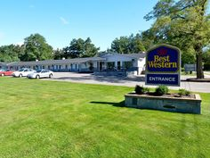 Kingston (NS) Best Western Aurora Inn Canada, North America Best Western Aurora Inn is conveniently located in the popular Kingston area. The hotel has everything you need for a comfortable stay. 24-hour front desk, Wi-Fi in public areas, car park, room service, restaurant are just some of the facilities on offer. Some of the well-appointed guestrooms feature non smoking rooms, hair dryer, coffee/tea maker, ironing facilities. Take a break from a long day and make use of fitne...
