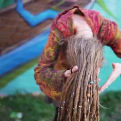 Dreadlock Bun, Dread UpDo Video. Dreadlock Hairstyle for Long Dreads. Girl with Dreads