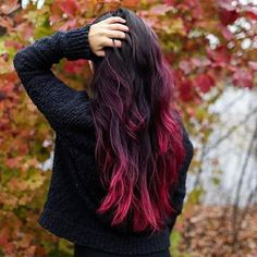 has made this salon dye last since june, with a little help from extreme pink daily conditioner and vibrant pink deep treatment. Dip Dye Hair Brunette, Red Dip Dye Hair, Short Brunette Hair, Pink Hair Dye, Hair Dye Colors, Red Hair Streaks, Pretty Hair Color, Hair Color Dark, Dark Hair