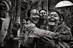 @Emaho Magazine   Bangladesh - Through rediscovering his own culture, Munem Wasif aims to raise awareness around the world with compelling images of his Bangladeshi homeland. His photography is deployed as an elaborate tool for storytelling; the intention of his work being to get viewers to gain an understanding and appreciate the smaller unnoticed fragments of life in his part of the world.