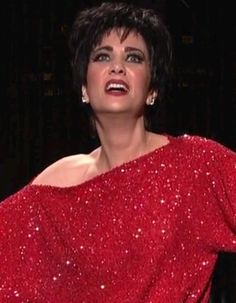 Kristen Wiig as Liza Minnelli in SNL S37E17. Video at http://suzywrong.tumblr.com/post/19231005836/kristen-wiig-as-liza-minnelli-in-snl-s37e17