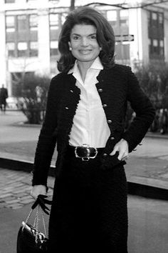 Jackie O's, Jackie Kennedy Style, Black Dress Jacket, Business Outfits, Mom Style, Classic Looks, Style Icons, Fashion Dresses, Fashion Styles