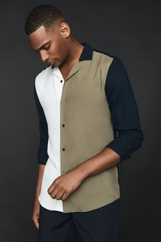 Woven from a lightweight fabrication, the Bastian shirt is a cool, colour-block silhouette that's perfect for your casual weekend plans. Pair it with mid-wash indigo jeans and brown suede Chelsea boots to complete the look. Mens Designer Shirts, Designer Suits For Men, Colour Combo, Colour Block, Best Polo Shirts, Work Casual, Men Casual, Brown Suede Chelsea Boots, Men Wearing Dresses