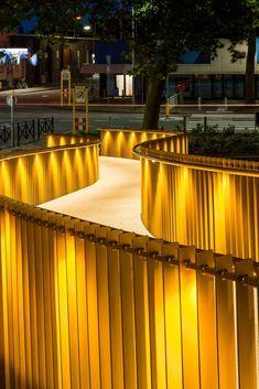 Idea Golden Garland by wUrck architectuur stedenbouw landschap BV in Tiel, Netherlands Office Lighting, Outdoor Lighting, Types Of Lighting, Lighting Design, Front Walkway Landscaping, Bridge Design, Natural Park, Architecture Drawings, Changsha