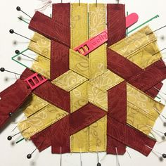Woven Hexie Ornament - Ornament Along - Mister Domestic Paper Weaving, Weaving Art, Weaving Patterns, Fabric Weaving, Smocking Patterns, Fabric Art, Woven Fabric, Fabric Crafts, Fabric Origami