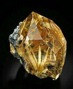 I Fucking Love Minerals — Quartz, Rutile Novo Horizonte, Bahia, Brazil Minerals And Gemstones, Rocks And Minerals, Beautiful Rocks, Mineral Stone, Rutilated Quartz, Rocks And Gems, Stones And Crystals, Gem Stones, Bahia Brazil
