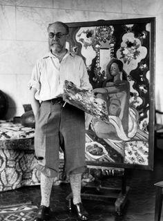 Henri Matisse in his studio (Cannes,1930)