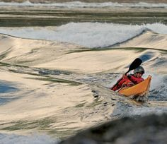10 expert tips that could save your life on your next kayaking trip.
