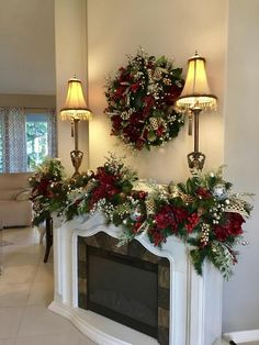 Christmas Wreath and Garland.Most Luxurious Holiday Decor Set with 96 cordless light each with timer Couronne de Noel et Garland.Most Luxurious Holiday Decor Set image 4 Christmas Staircase, Christmas Swags, Christmas Mantels, Christmas Home, Christmas Lights, Christmas Holidays, Cheap Christmas, Christmas Ideas, Etsy Christmas