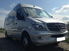 Bus Mercedes Sprinter z siedzeniami dla 20 osób. Wewnątrz klimatyzacja, nawiewy, ogrzewanie postojowe Webasto. Cała flota dostępna na  http://www.dar-trans.pl/flota