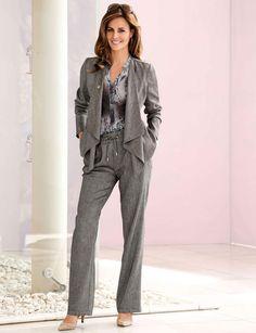 Décontracté Chemisier imprimé batik en polyester, à partir de 49,95 € du 38 au 54, veste col châle à partir du 129,95 € du 38 au 54, pantalon evasée taille extensible et ajustable à partir de 69,95 € du 38 au 54, Mona www.mona-mode.fr / Vu sur le site Femme Actuelle, pour quand j'aurai une bonne paire de kg en moins !!!!