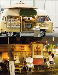 Tiki Coffee 工房にて自家焙煎した旬な豆を、VW TYPE II のフードトラックにて販売しています。 小型焙煎機で、少量づつ丁寧に焙煎しています。 Coffee Carts, Coffee Truck, Coffee Shop Design, Cafe Design, Kombi Food Truck, Foodtrucks Ideas, Coffee Trailer, Mobile Cafe, Coffee Van