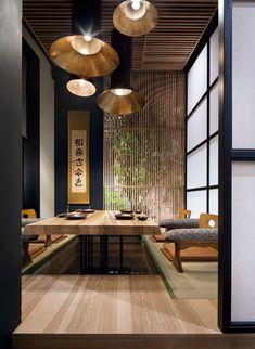 restaurant interieur Japanese Restaurant Fujiwara Yoshi by Sergey Makhno Architects Japanese Restaurant Interior, Japanese Interior Design, Asian Design, Restaurant Interior Design, Cafe Interior, Japanese Design, Modern Chinese Interior, Restaurant Interiors, Modern Restaurant