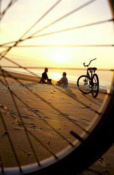 Strand en fietsen