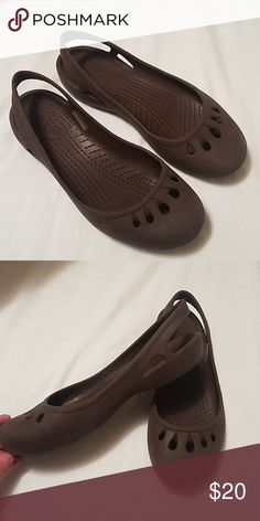 52a69f434 Ladies Crocs Very gently worn