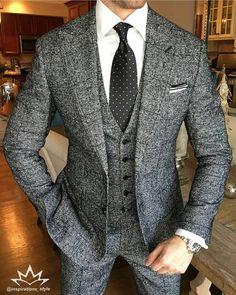 Grey heather men's tweed three piece suit; gentleman's style; Sharp Dressed Man, Well Dressed Men, Mens Fashion Suits, Mens Suits, Groom Suits, Groom Attire, Stylish Men, Men Casual, Stylish Outfits