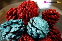 Google Image Result for http://betterdecoratingbible.com/wp-content/uploads/2011/11/How-to-easy-diy-project-Christmas-holidays-pine-cones-statement-centerpiece-glittery-glue-suzy-q-better-decorating-bible-blog-cheap-chic-3.jpg