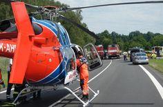 Při nehodě na Domažlicku se zranili čtyři lidé. Pro děti letěl vrtulník - iDNES.cz