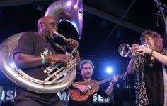 Les New-Yorkais du groupe Hazmat Modine ont régalé les festivaliers de Musiques Métisses.