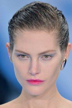 Christian Dior - Elle.ro