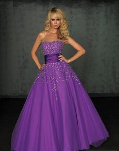 Stunning Organza Strapless A-line Sweetheart Floor-length Ball Gown Evening Dresses NM5