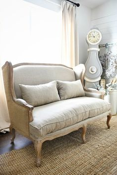 Farmhouse settee - b
