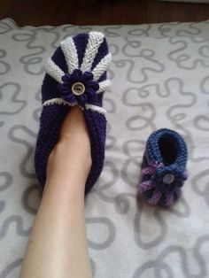 Nemiran Nurkkaus: Vauvan tossut Socks, Slippers, Sandals, Knitting, Blog, Villas, Fashion, Shoes, Bedroom Slippers