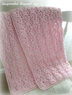 Lacy Crochet: Pretty Lacy Stitch for a Baby Blanket.  Like the edging.