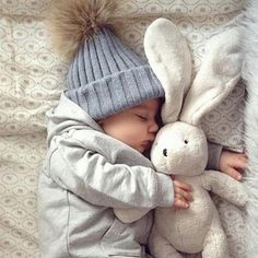 Cheap hat doll, Buy Quality hat cap new york directly from China hat cowboy Suppliers: Crochet Baby Hat 2016 Beanie Hats with Raccoon Fur Top Fitted Kids Accessories Winter Baby Hats Caps Knitted Hats For Children Best Winter Hats, Kids Winter Hats, Baby Winter, Crochet Baby Hats, Baby Knitting, Knitted Hats, New Kids, Kids Boys, Baby Kids