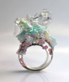 Shana Teugels -  O 2013 Sterling silver, polypropylene, resin, glue