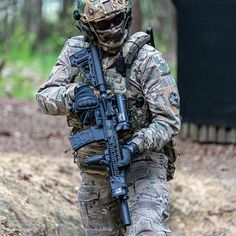 Save by Hermie Indian Army Special Forces, Special Forces Gear, Airsoft Gear, Tactical Gear, Ghost Recon 2, Special Ops, Army & Navy, Weapons Guns, Navy Seals