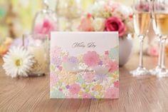 Thiệp cưới đẹp cắt laser họa tiết hoa mùa xuân